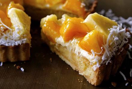 【季節限定】マンゴーとパイナップルのタルト
